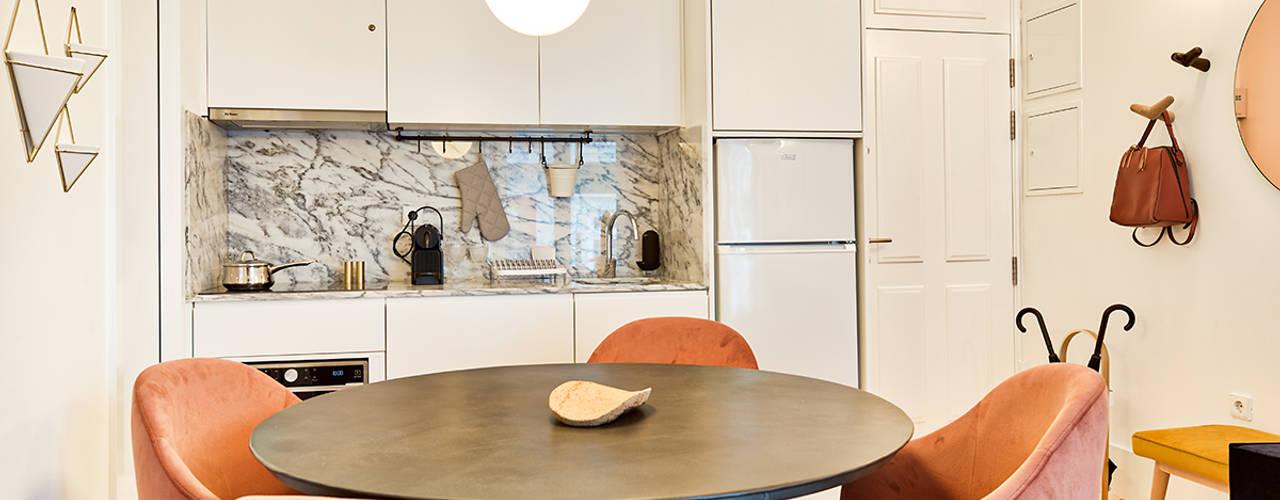 Janelas de S. Bento, Porto - SHI Studio Interior Design por ShiStudio Interior Design Escandinavo