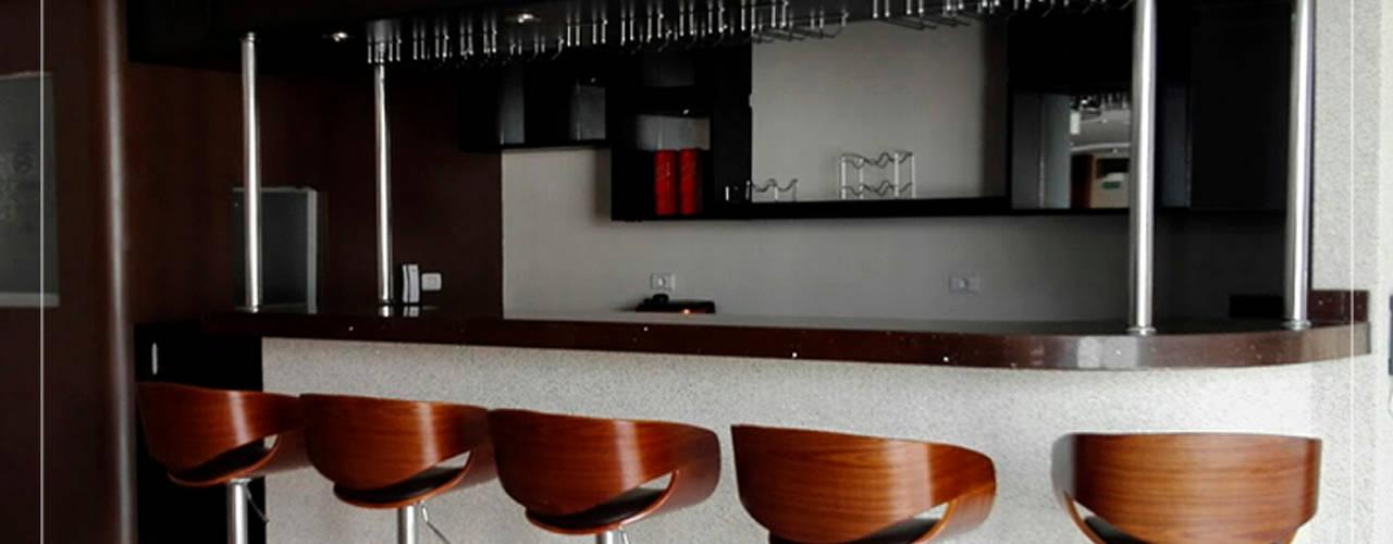 Construcción - Nuovo Sapore Comedores de estilo ecléctico de Corporación Siprisma S.A.C Ecléctico