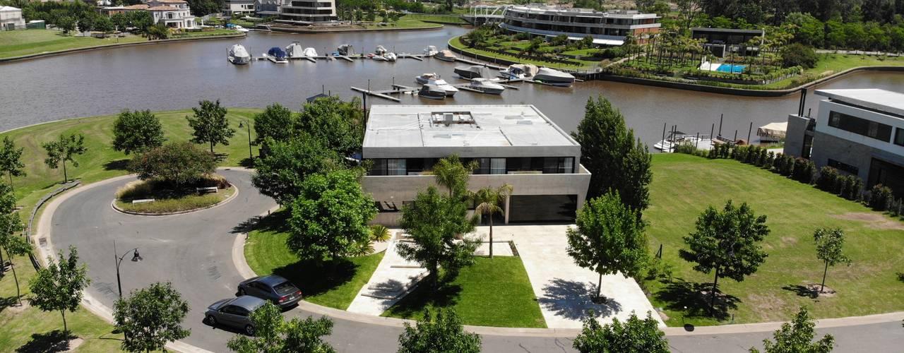 Casa Barco Hormigon Casas modernas: Ideas, imágenes y decoración de Maximiliano Lago Arquitectura - Estudio Azteca Moderno