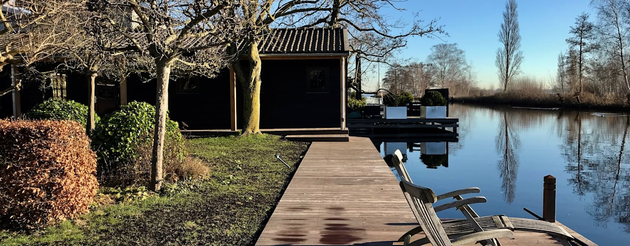 Project van een botenhuis, fitnessruimte en loungehoek in Vinkeveen van MEF Architect Landelijk