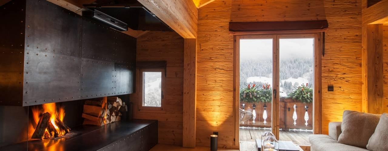 Ferienwohnung in Rougemont VD/Schweiz Rustikale Wohnzimmer von RH-Design Innenausbau, Möbel und Küchenbau Aarau Rustikal