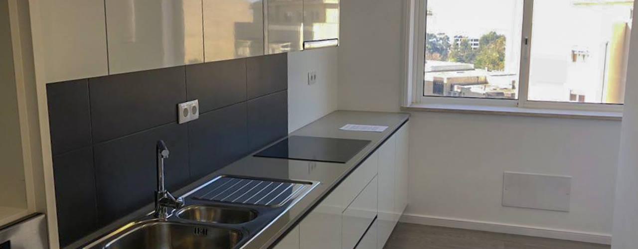 Remodelação de Apartamento em Vila Nova de Gaia por Grupo Prummo Moderno
