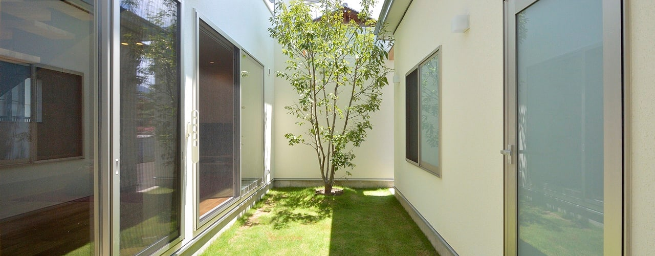 中庭が映える家 pickup オリジナルな 庭 の 空間工房株式会社 オリジナル