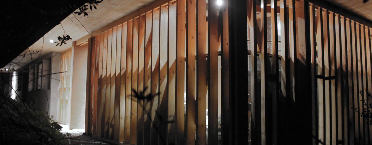 CASA MALLARAUCO - diseño y construcción - Mallarauco / Melipilla / Santiago Casas estilo moderno: ideas, arquitectura e imágenes de ALIWEN arquitectura & construcción sustentable - Santiago Moderno