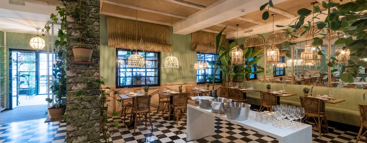 REFORMA INTEGRAL RESTAURANTE MADRID : Comedores de estilo  de Loema Reformas Integrales Madrid