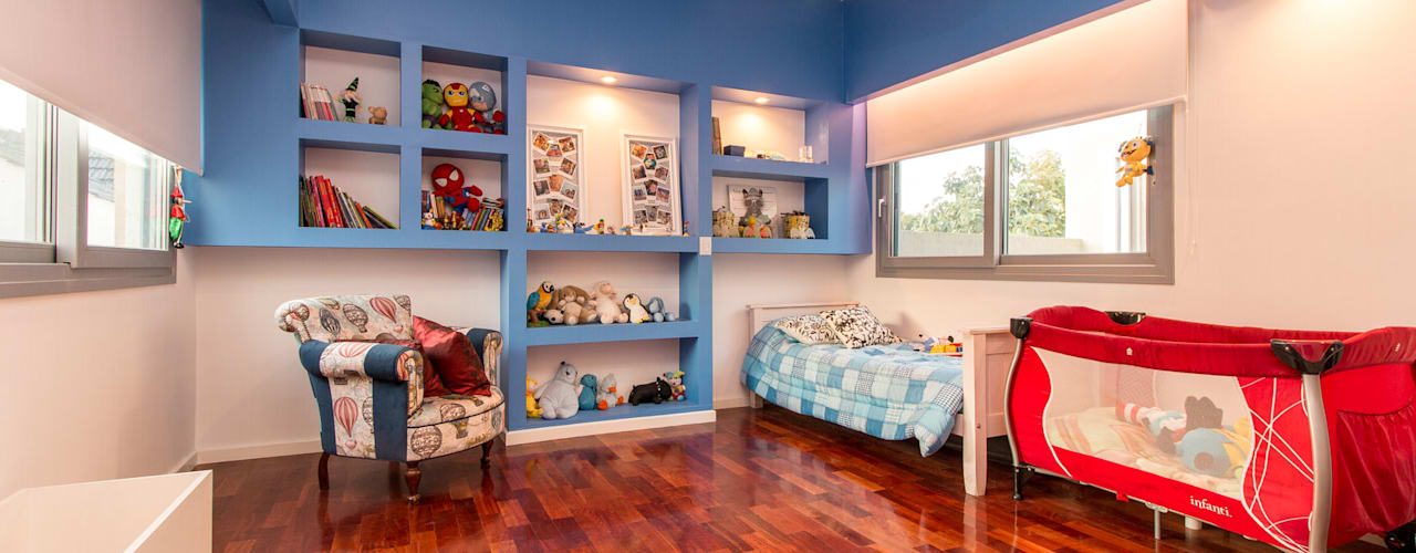 Nursery/kid's room by Luis Barberis Arquitectos,