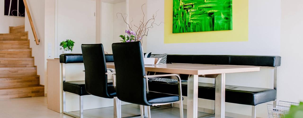 Modernes Esszimmer mit Lederbank und Holztisch ausziehbar Moderne Esszimmer von T-raumKONZEPT - Interior Design im Raum Nürnberg Modern