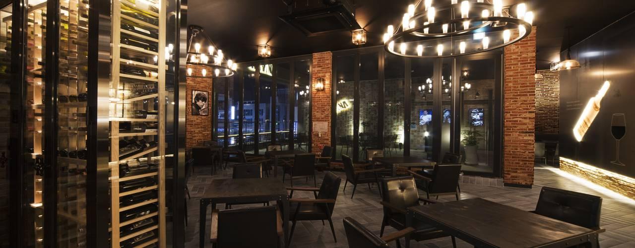Bar & Klub  by 내츄럴디자인컴퍼니