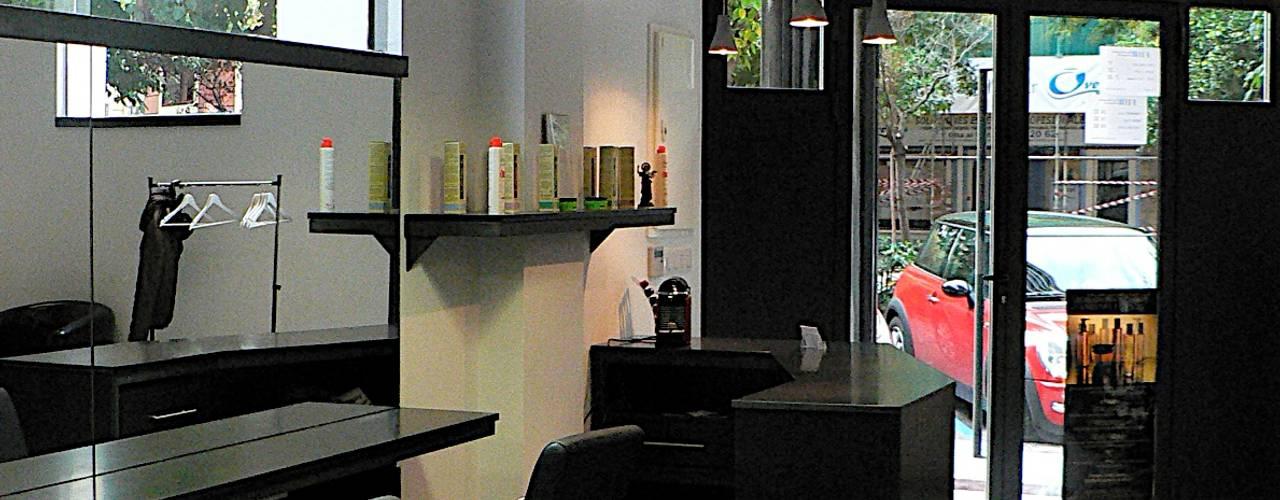 Reformas integrales para una peluquería en Valencia Salones de estilo moderno de Estudio1403, COOP.V. Arquitectos en Valencia Moderno