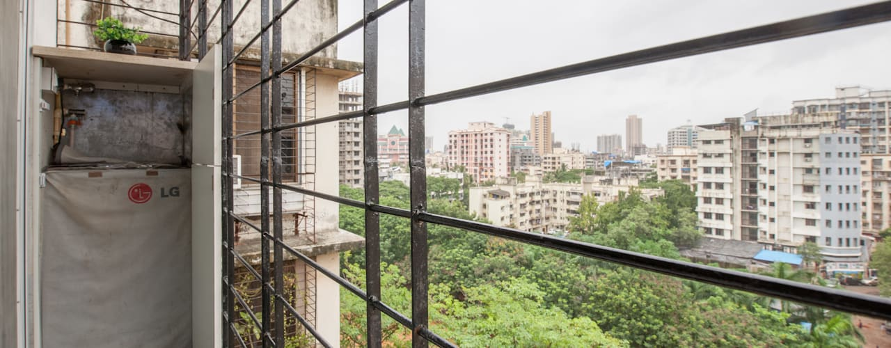 Modern 2bhk residence.:  Balcony by Sagar Shah Architects,