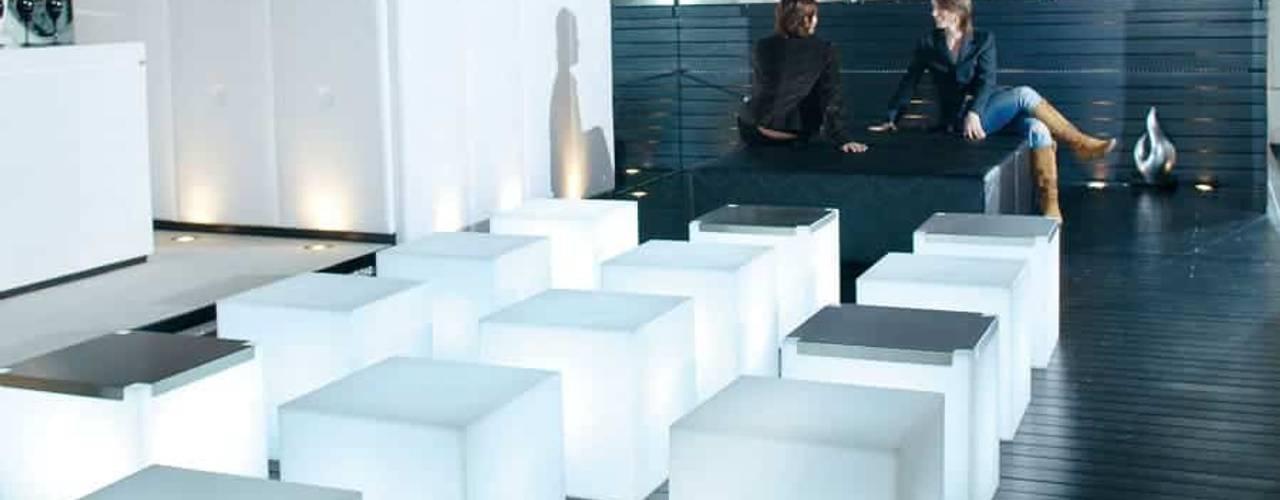 حديث  تنفيذ www.skydesign.news - Raumteiler aus Berlin - Sichtschutz Terrasse, حداثي