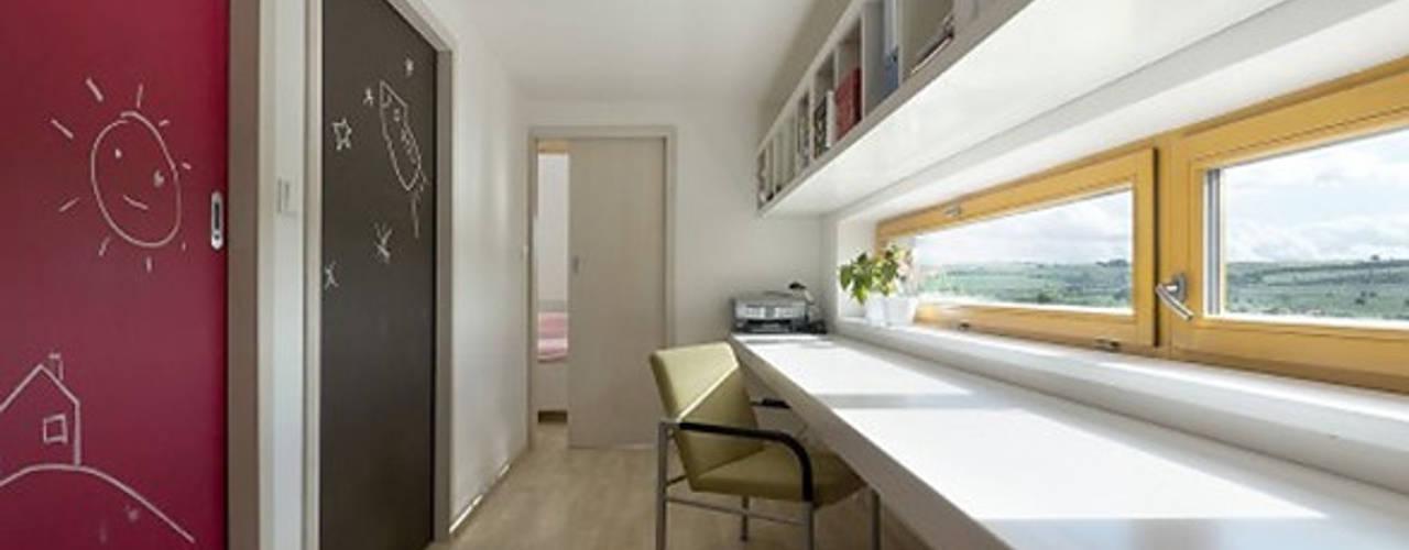 Oficinas y Estudios en Casa. Fabiana Ordoqui Arquitectura|Diseño en Rosario Fabiana Ordoqui Arquitectura y Diseño. Rosario | Funes |Roldán Estudios y oficinas minimalistas