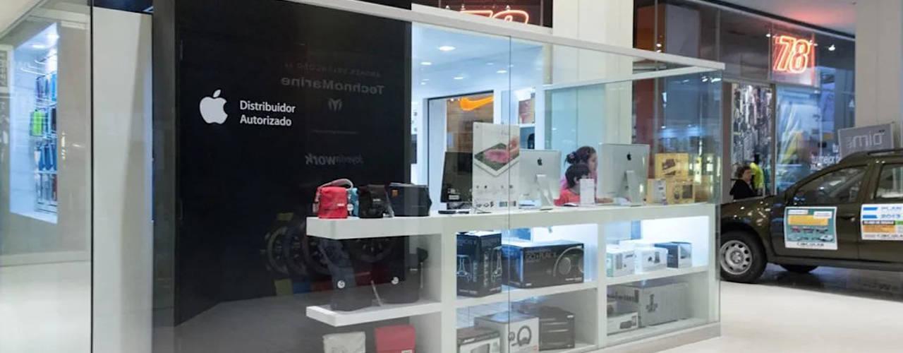 Diseño de puntos de promoción y venta en Rosario: Shoppings y centros comerciales de estilo  por Faerman Stands y Asoc S.R.L. - Arquitectos - Rosario,Moderno