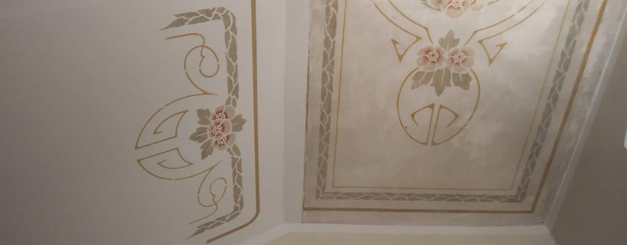 Jugendstil für das Treppenhaus ab-design GmbH Mediterranes Messe Design