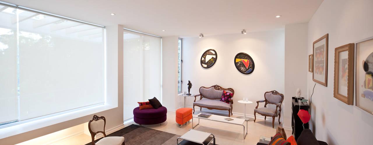 [ER+] Arquitectura y Construcción Minimalist Oturma Odası