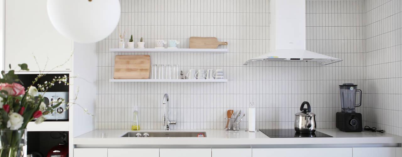 Minimalistische Küchen von 주식회사 큰깃 Minimalistisch