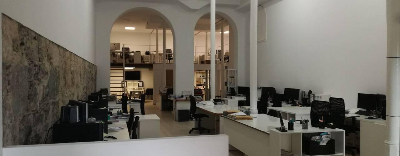 Reforma integral. Despacho profesional. Las Palmas de Gran Canaria O2 eStudio BIM arquitectos S.L.P Oficinas y tiendas de estilo mediterráneo Piedra Multicolor