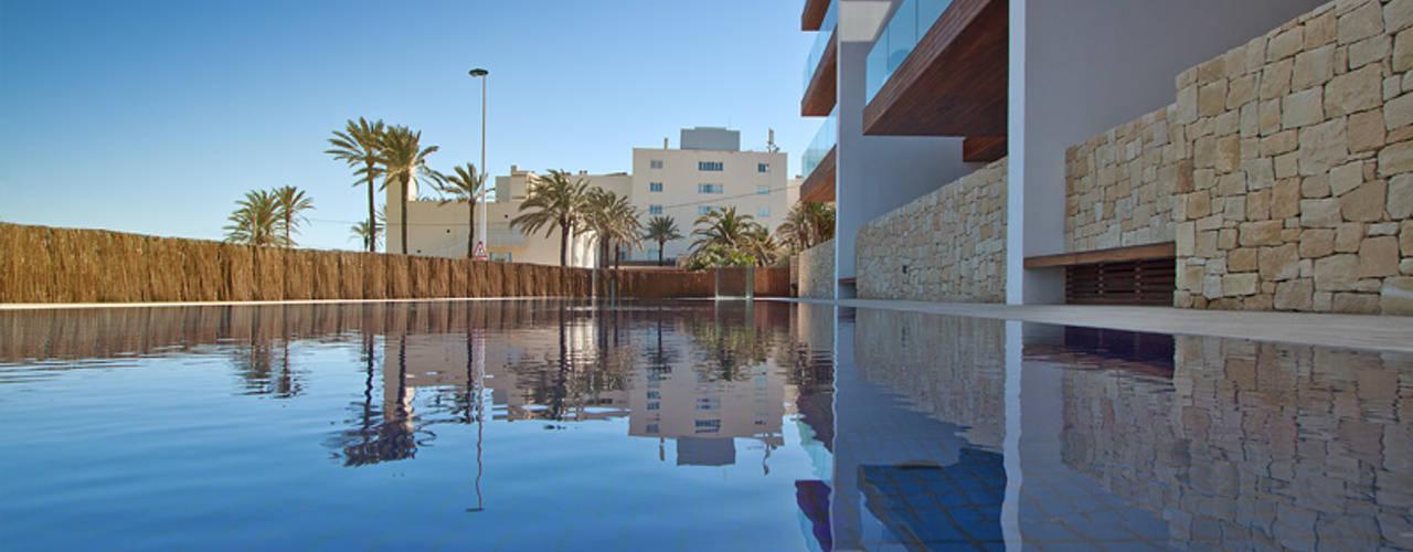 Hotel Margarita:  de estilo  por Grupo Viesa,