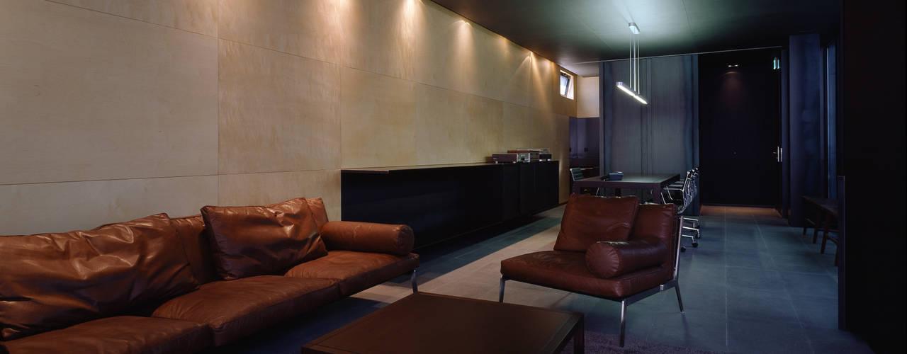 Hotel the mat (호텔 더매트) 미니멀리스트 서재 / 사무실 by M's plan 엠스플랜 미니멀