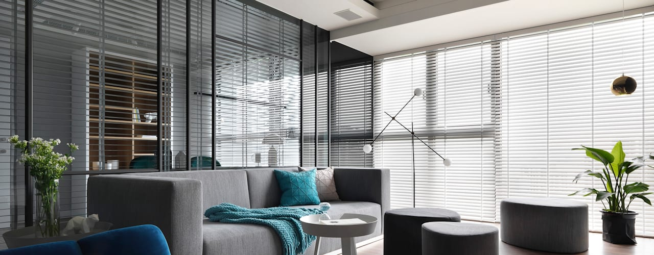黑白融合 Black and white fusion 现代客厅設計點子、靈感 & 圖片 根據 肯星室內設計 現代風