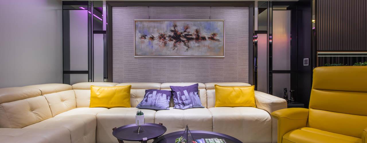 台北老屋翻新變身現代質感宅 现代客厅設計點子、靈感 & 圖片 根據 你你空間設計 現代風