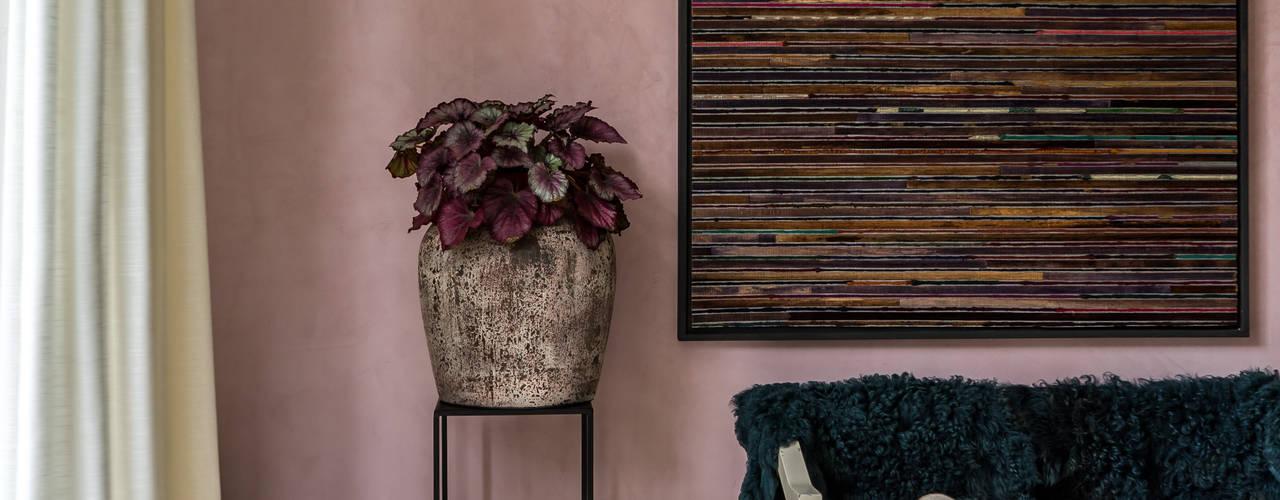 Wohnzimmer von Pure & Original,
