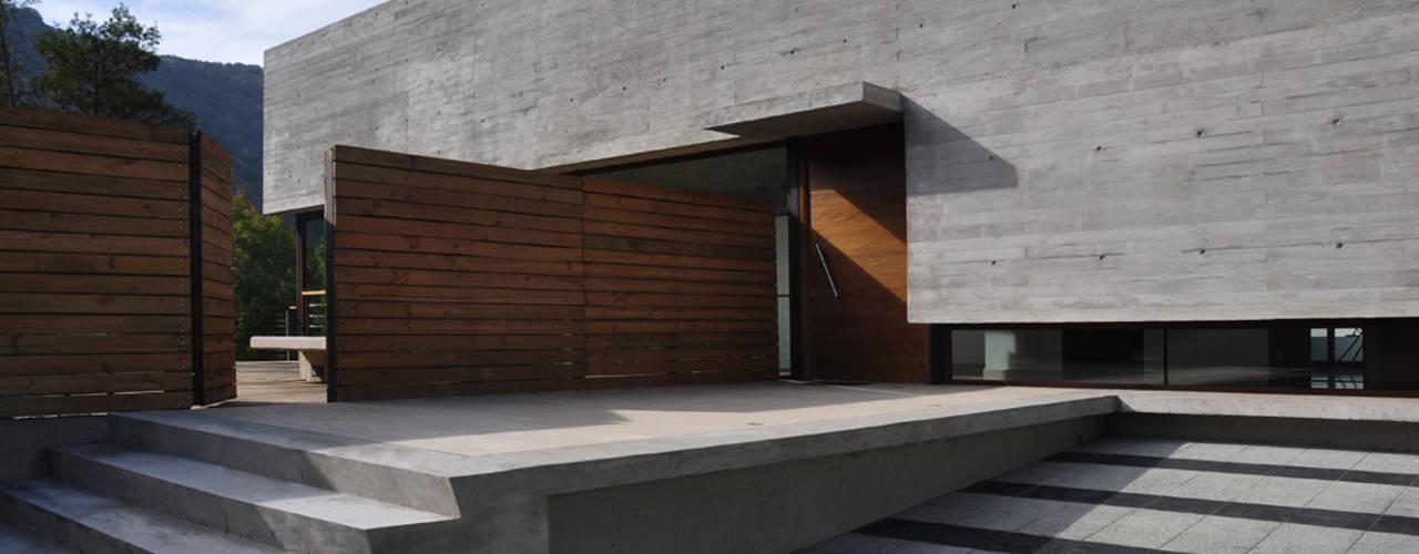 Casas modernas por Patricio Oteiza Moderno