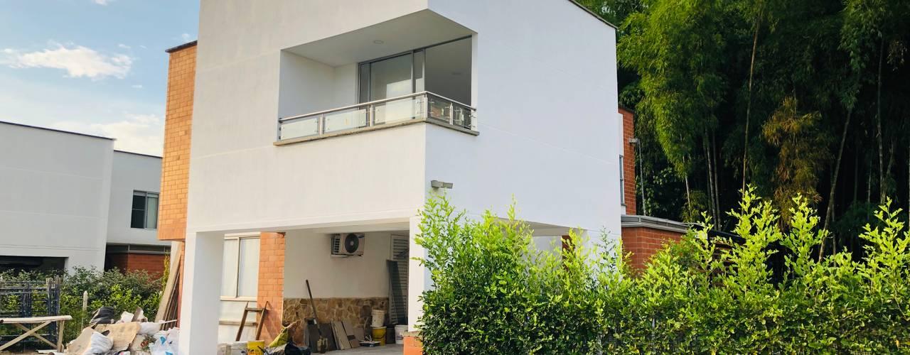 VIVIENDA MULTIFAMILIAR de SEQUOIA. Projects & Designs Moderno