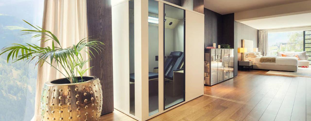 Wärme zuhause genießen mit Physiotherm Infrarotkabinen Minimalistische Wohnzimmer von SPA Deluxe GmbH - Whirlpools in Senden Minimalistisch
