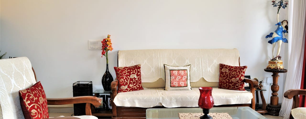 Ethnic & Contemporary yet Modern Classic style living room by 3A Architects Inc Classic