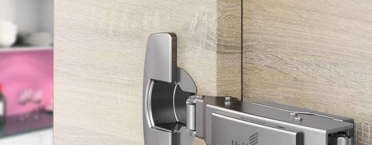 Bisagras: Hightech para la puerta Sensys de HERRAJES HETTICH S.A DE C.V. Moderno