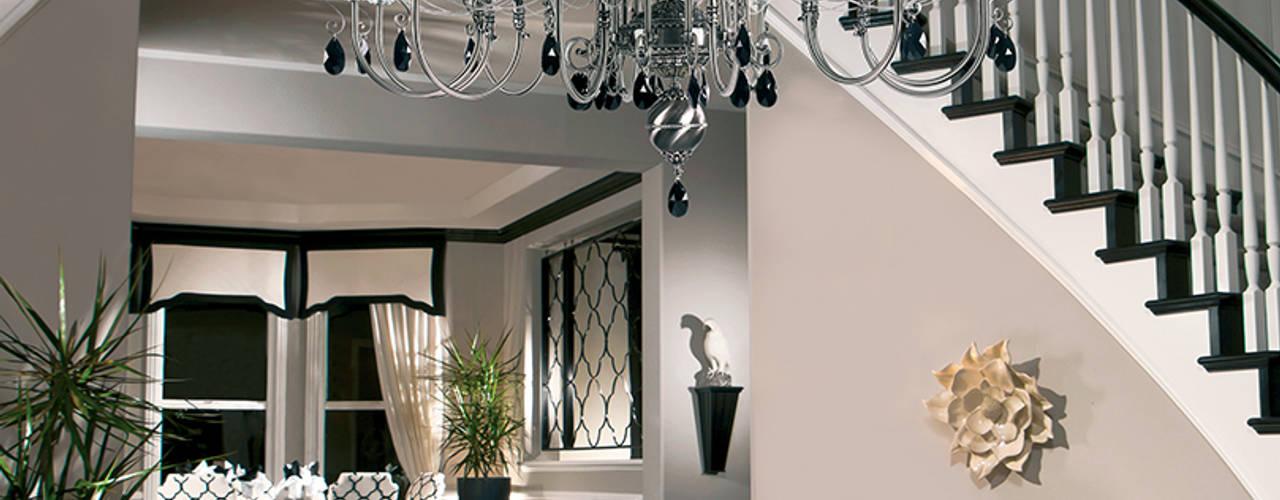 Luxury hallways Classic style corridor, hallway and stairs by Luxury Chandelier Classic