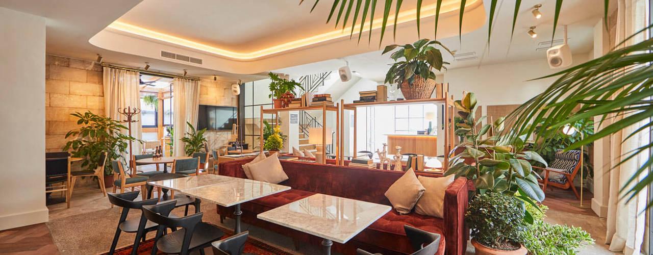 REFORMA HOTEL CASCO ANTIGUO Pasillos, vestíbulos y escaleras de estilo clásico de FOCUS Arquitectura Clásico