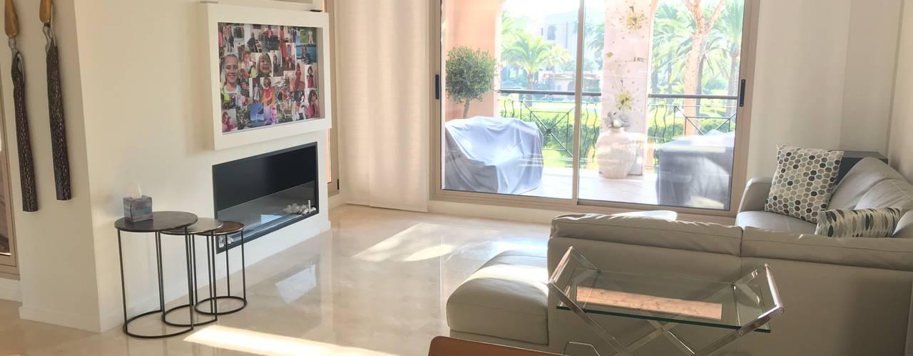 REFORMA APARTAMENTO STA. PONÇA Salones de estilo minimalista de FOCUS Arquitectura Minimalista