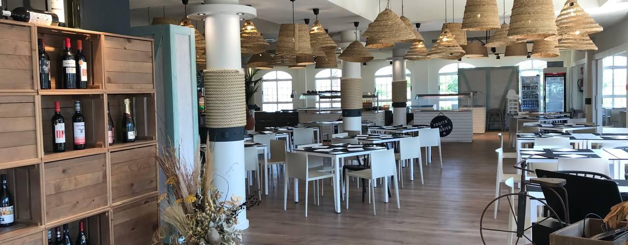 Reforma y restyling de restaurante y cafetería Gastronomía de estilo mediterráneo de A interiorismo by Maria Andes Mediterráneo