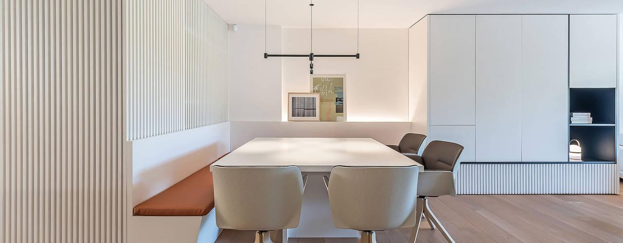 Reforma parcial del apartamento en Campoamor Comedores de estilo moderno de MANUEL GARCÍA ASOCIADOS Moderno