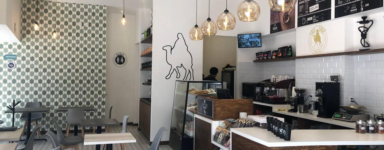 EMIR CAFE Gastronomía de estilo moderno de DE LEON PRO Moderno