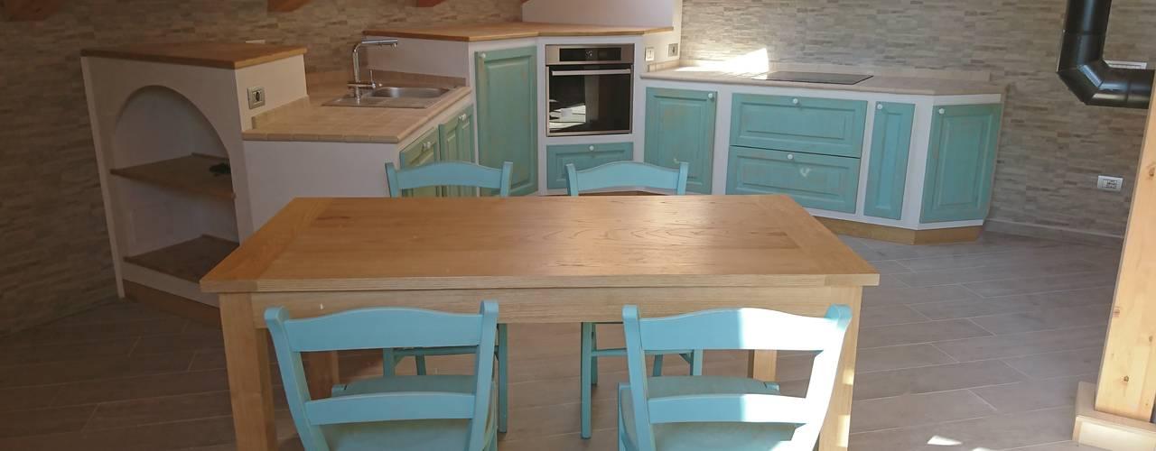 cucina rustica finta muratura il falegname di Diego Storani Cucina attrezzata