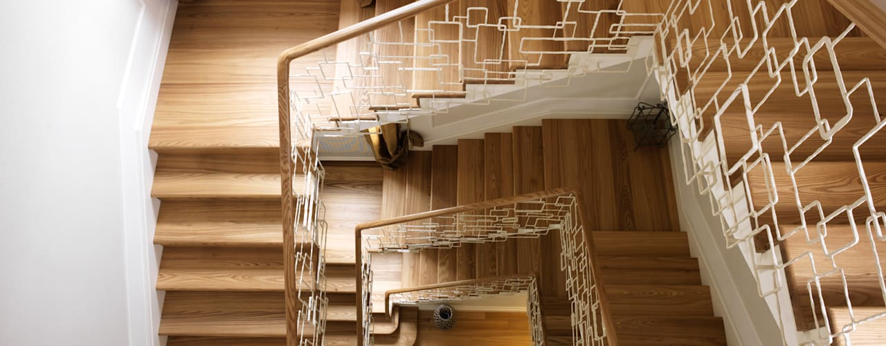 Ideas for combining stairs and parquet by Cadorin Group Srl - Italian craftsmanship Wood flooring and Coverings Modern