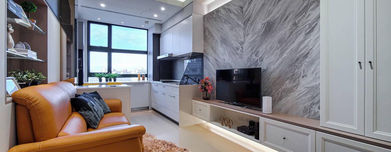 中和天晴 现代客厅設計點子、靈感 & 圖片 根據 你你空間設計 現代風