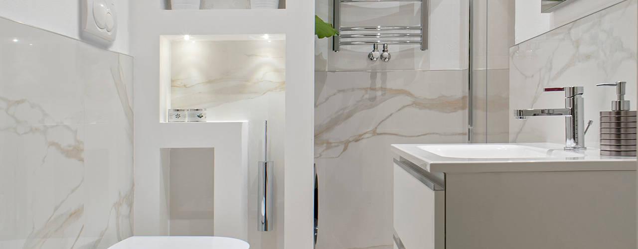This is my bathroom Bagno minimalista di Luca Bucciantini Architettura d' interni Minimalista