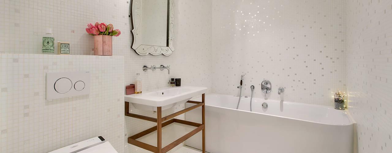 Une salle de bains luxe et féminine en mosaïque Bisazza à Saint Sulpice Salle de bain moderne par Alessandra Pisi / Pisi Design Architectes Moderne