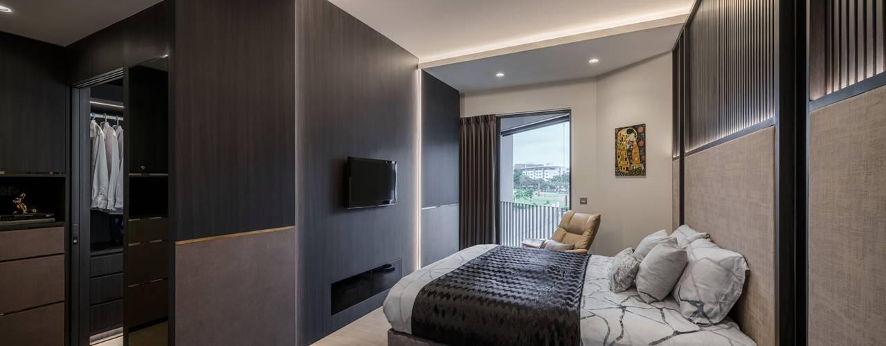 Nim Collection 1 Modern style bedroom by Summerhaus D'zign Modern