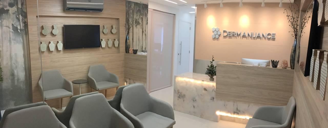 Clínica de Dermatologia Clínicas modernas por Marcelle de Castro - arquitetura|interiores Moderno