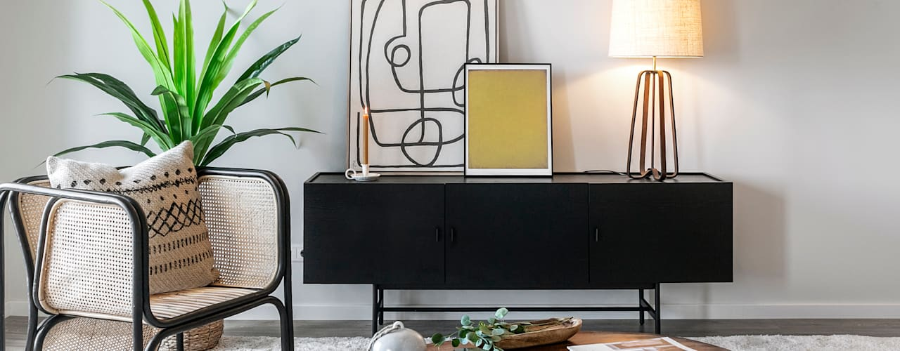 Design de ambientes e decoração de um apartamento-modelo em Setúbal Staging Factory Salas de estar tropicais