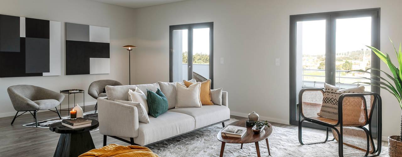 Design de ambientes e decoração de um apartamento-modelo em Setúbal Salas de estar tropicais por Staging Factory Tropical
