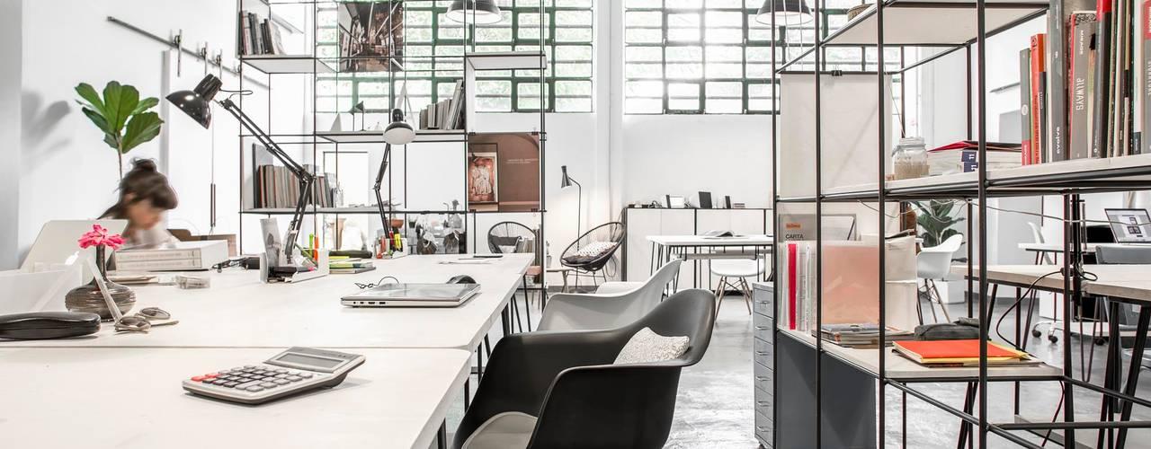 LASCIA la SCIA Studio/Lab Complesso d'uffici in stile industrial di Lascia la Scia S.n.c. Industrial