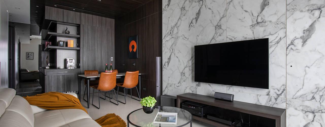 Smile Century - Condominium interior design 现代客厅設計點子、靈感 & 圖片 根據 勻境設計 Unispace Designs 現代風