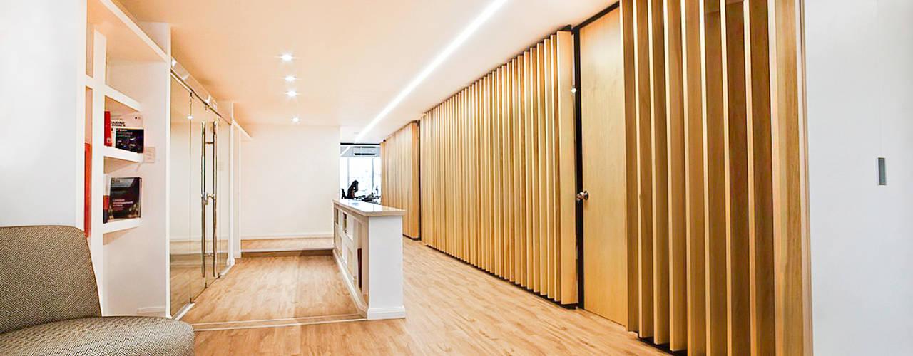 Reforma de Oficinas en Microcentro Ba75 Atelier de Arquitectura Pasillos, vestíbulos y escaleras modernos