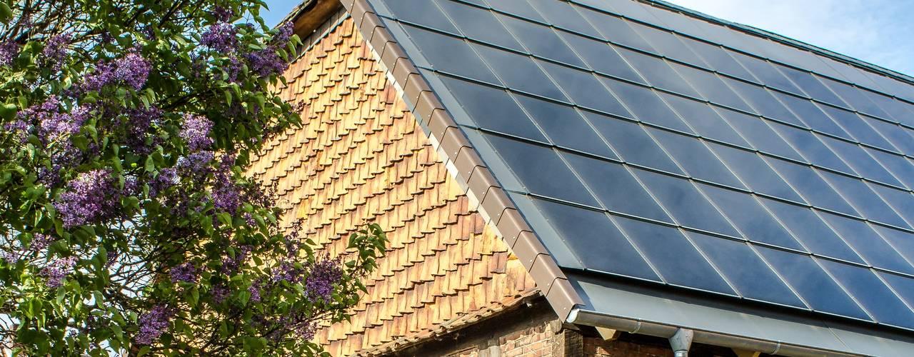 Gebäudeintegrierte Photovoltaikanlage auf denkmalgeschützter Scheune Architektur- und TGA-Planungsbüro Carsten Grobe Passivhaus Dach